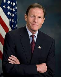 Pharma Compliance Digital CRM Marketing Transparence DMOS richard blumenthal Blumenthal & Grassley Ask HHS to Prioritize Funding for Program to Enhance Transparency in Opioid Prescribing